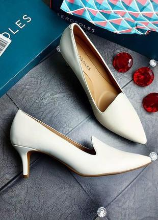 Aerosoles оригинал молочно-белые туфли на невысокой шпильке