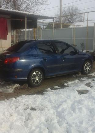 Продам  авто  пежо206 2008 1.4