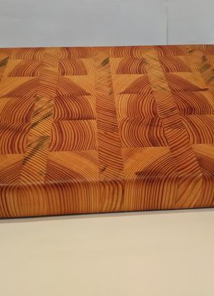 Торцевая разделочная доска для кухни из сосновой древесины