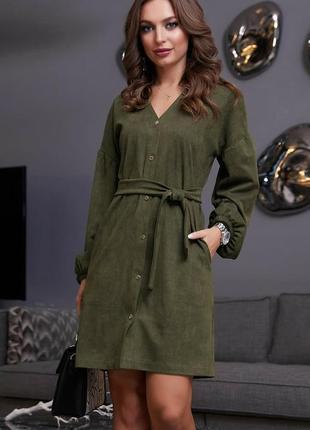 Платье на кнопках из диагональ-замши зелёного цвета
