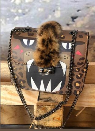 Женские кожаные сумки клатчи на цепочке коричневые разноцветны...