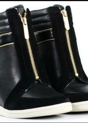 Ботинки сапоги с натуральной кожи Tommy Hilfiger 36