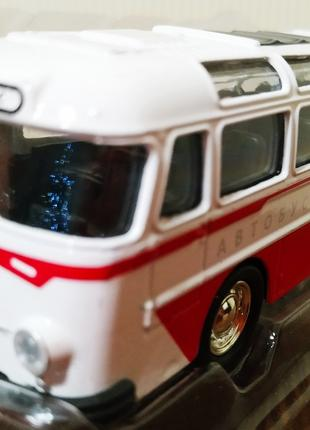 Автобус метал