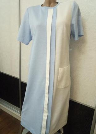 Прямое нежное белое голубое платье