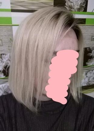 Парик из натуральных волос.