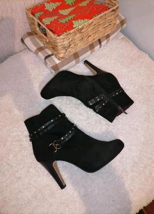 Ботинки ботильйони tamaris сапоги сапожки ботінки