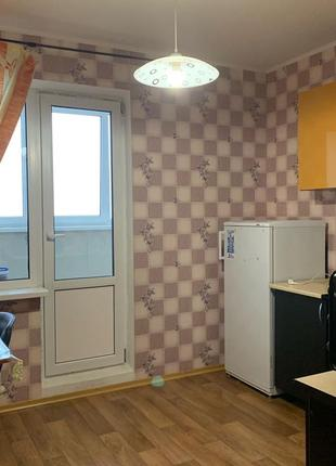 Аренда 1к квартиры, новый дом, Закревского 95