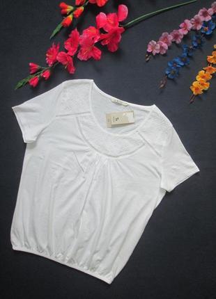 Шикарная нежная белая хлопоквая футболка с ажурными вставками ...
