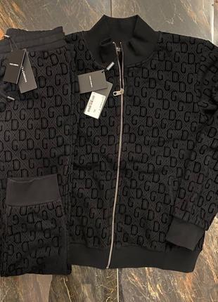 Костюм Dolce Gabbana