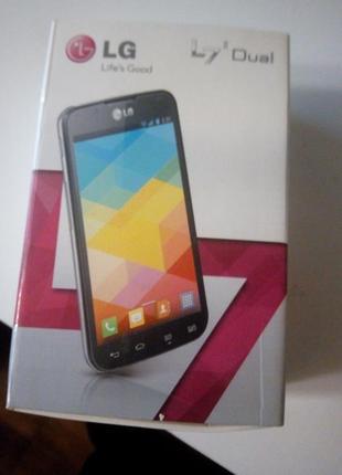 Смартфон LG P715 Dual