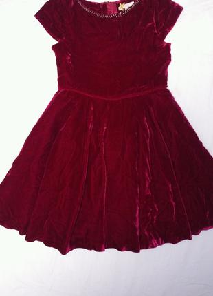 Нарядное велюровое платье на 8 лет