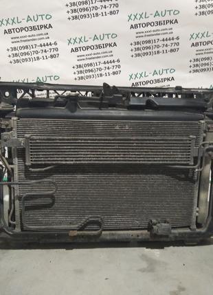 Панель передня(окуляр, телевизор) Hyundai Santa FE II