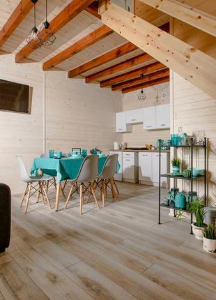 Вагонка, ламінат, дерев'яна підлога, монтаж