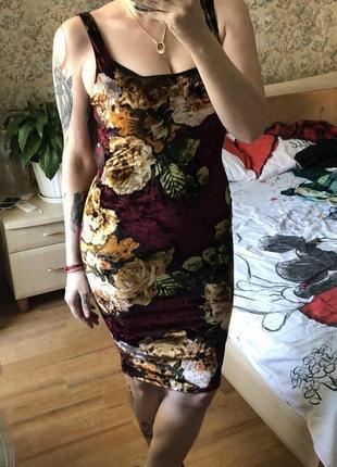 Платье резинка в итальянском стиле. Стрейч бархат.