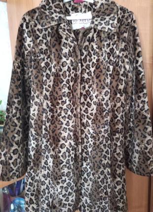Пальто осень,леопардовое, размер м