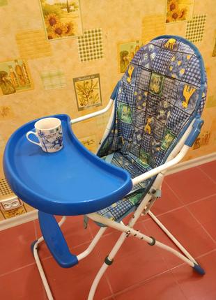 Детский стульчик для кормления ребенка, лёгкий, устойчивый.