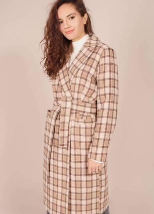 Шерстяное клетчатое пальто миди оверсайз.  утёпленное миди пальт