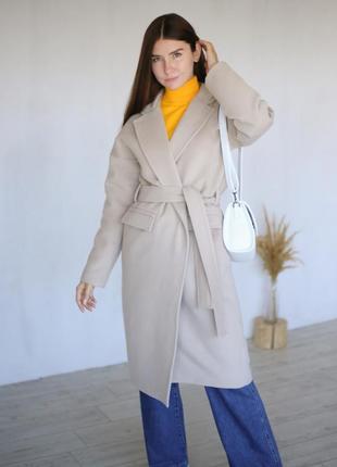 Шерстяное пальто-халат с поясом