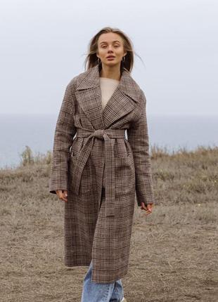 Зимнее клетчатое пальто