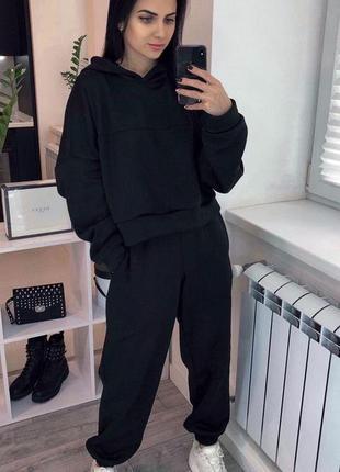 Теплый костюм на флисе черный