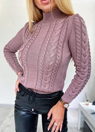 Вязаный свитер косы