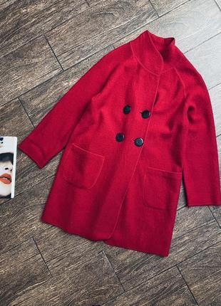 Очень стильное шерстяное красное пальто  fenn wright manson