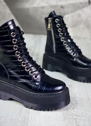 Шикарные ботиночки кожа лак