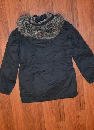 Зимняя куртка размер м.