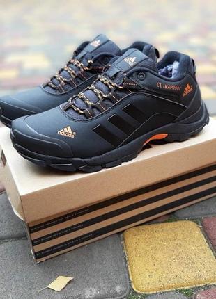 Мужские черные зимние adidas climaproof теплые кроссовки на ме...
