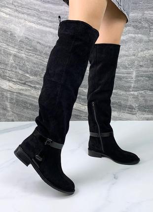 Женские замшевые демисезонные чёрные сапоги ботфорты