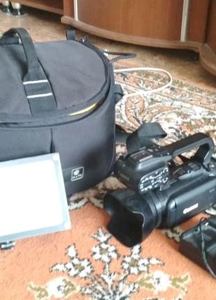 Видео камера Canon xa 10