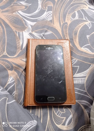 Продам Samsung Galaxy j5