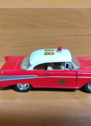 Модель chevrolet bel air 1957 1:40