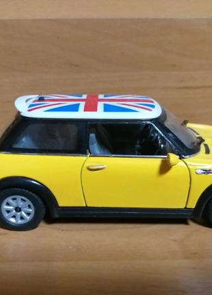 Модель mini cooper 1:28