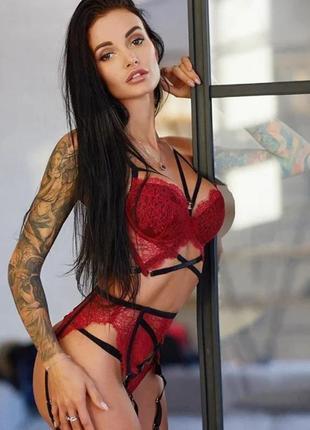 Красивое женское белье фото с чулками сексуальные модели без нижнего белья