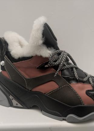 Женские зимние кожание кроссовки