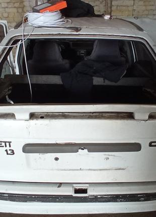 Ляда Opel Kadett крышка багажника