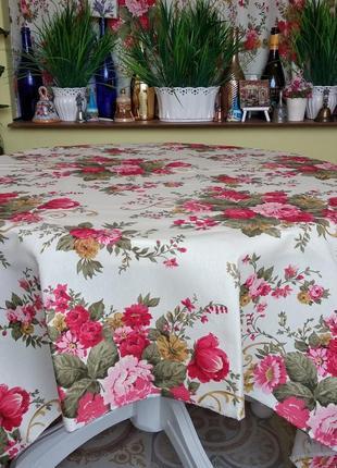 Хлопковая скатерть с розами с водоотталкивающей ткани