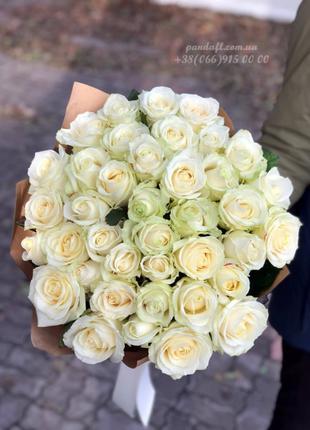 35 белых роз 70 см