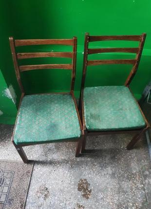 2 стула из дерева
