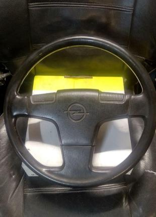 Кермо Opel Kadett E, Ascona C