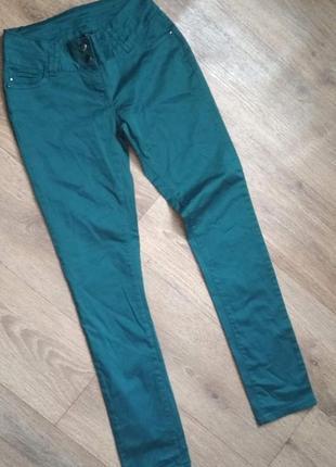 Новые очень красивые брюки бирюзового, зеленого цвета flame, е...