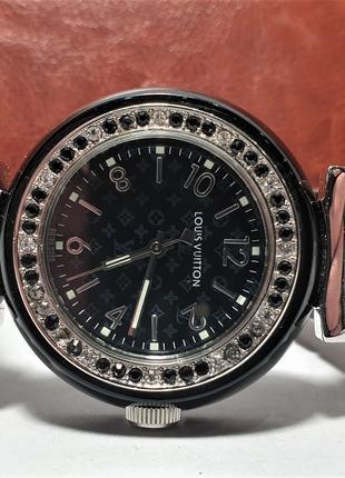 Женские наручные часы Louis Vuitton 014810 000/277