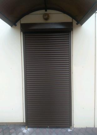 Защитный ролет на двери 1000х2100мм