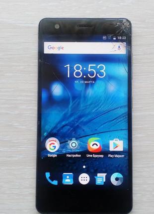 Телефон ZTE Blade Velocity V770