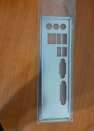 Задняя планка на материнскую плату Lenovo IH61M (Edge 72)