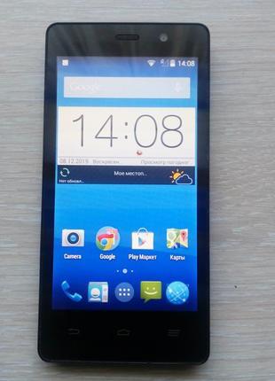 Телефон ZTE Blade apex 3