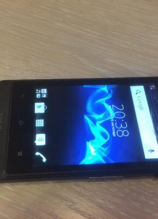 телефон Sony Xperia Go St27i