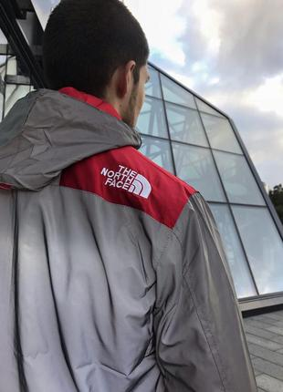 "Рефлективная куртка supreme x the north face ""red"""