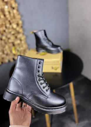 Ботинки dr. martens 1460 mono black черные с мехом